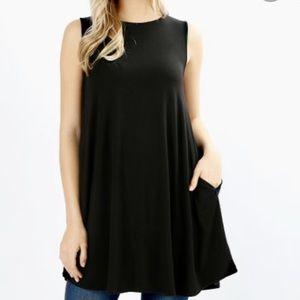 Zenana Premium Black Sleeveless Tunic Top